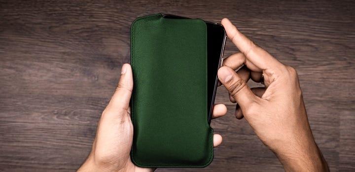 Custodia per iPhone 11 Pro Max - Verde scuro - Pelle Liscia