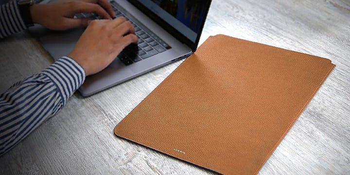 """Custodia protettiva per MacBook Pro 16"""" - Tan - Pelle Ruvida"""