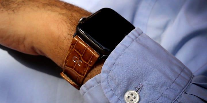 Cinturino in pelle per Apple Watch Series 5 Classic - (44 mm) - Camello - Pelle imitazione coccodrillo