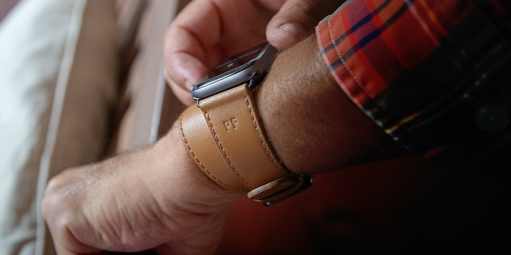 Cinturino doppio giro per Apple Watch Series 4  - (44 mm) - Naturale - Pelle Liscia